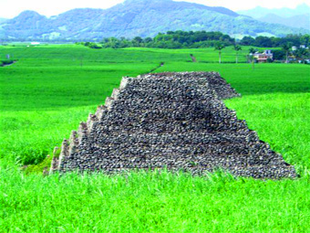 Seven pyramids identified on the African island of Mauritius Maurice14